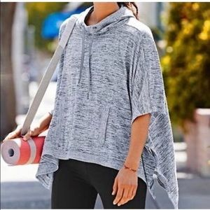 Athleta Gray Poncho Size M